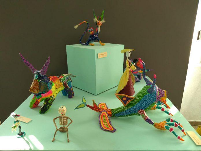 Exposición de cartonería en Coatlán del Río