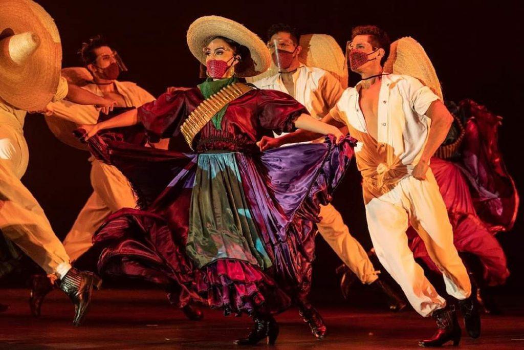 Ballet Folclorico de Amalia Hernandez en Cuernavaca